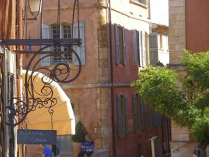 "Roussillon, ""the pink city"""
