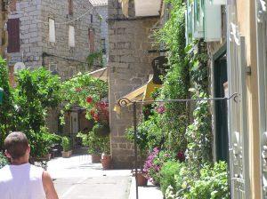 street-in-Porto-Vecchio-1024x766